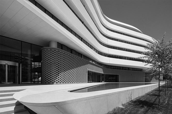 Το νέο κτίριο της Agemar